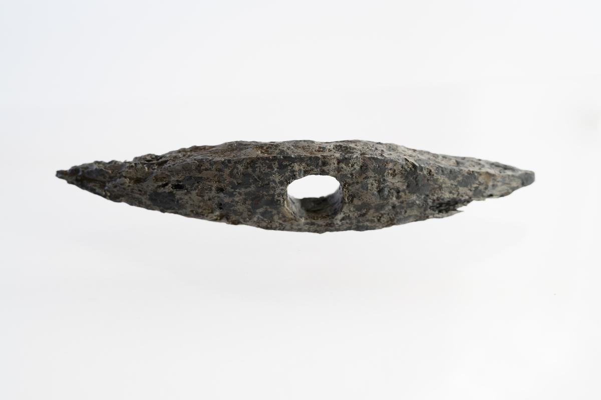 Spetshacka av järn från mitte av 1500-talet.