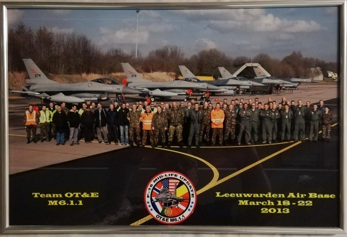 Foto av F-16 og OT&E Team ved Leeuwarden Air Base March 18-22 2013