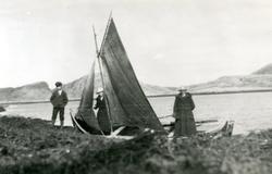 Haldor Valø, Magnhild Valø Strand og Ebba Valø Wigdahl