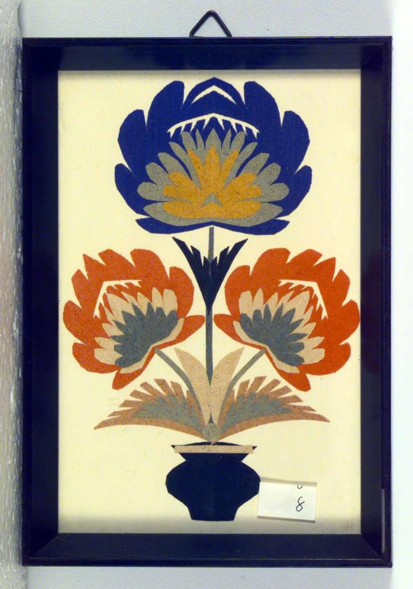 Utklippsbilde med blomst i krukke..