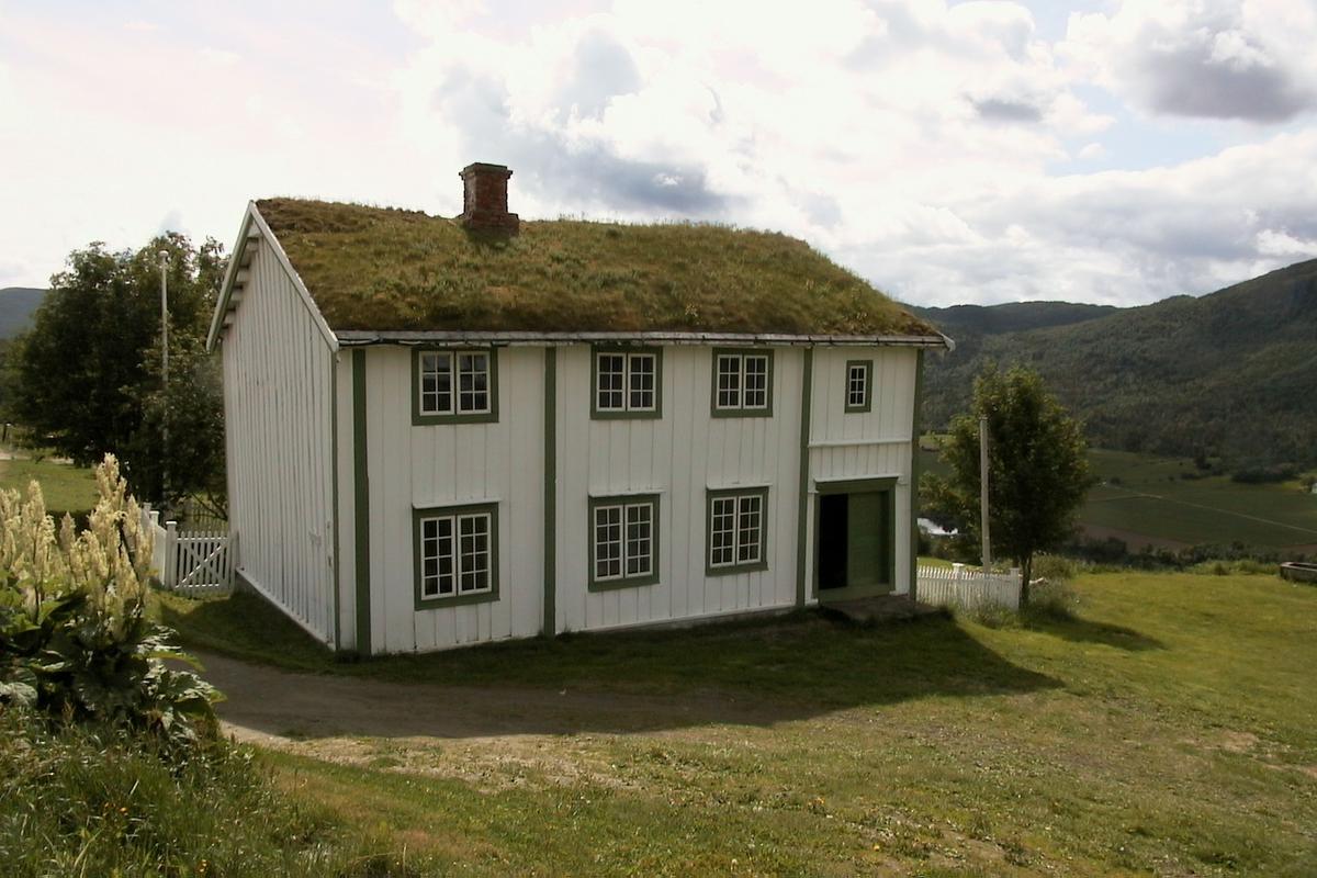 DOK:2002, Bjørgan prestegård,