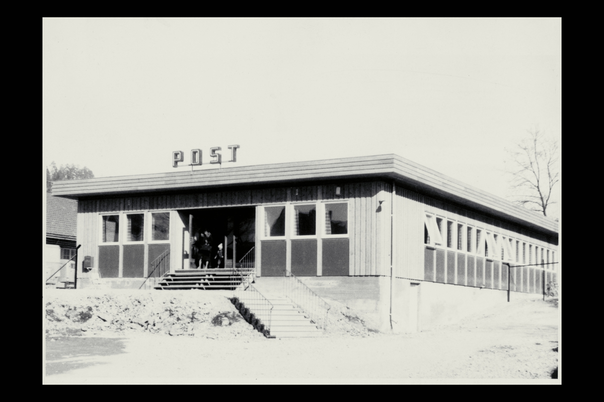 eksteriør, postkontor, 1300 Sandvika, postkasse