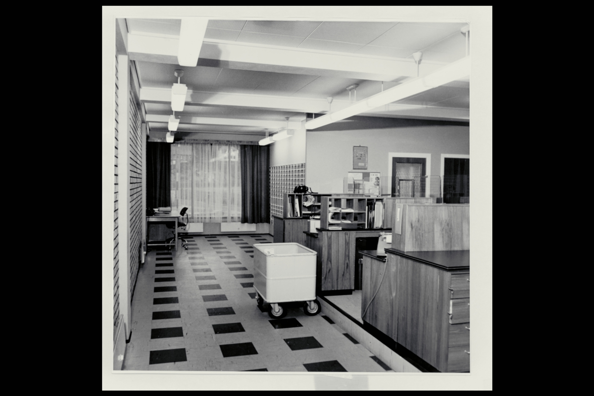 interiør, postkontor, 5200 Os, ekspedisjon