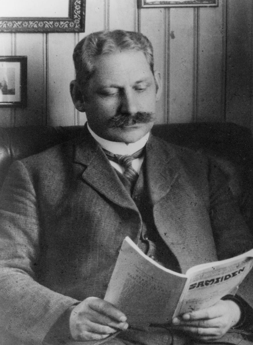 postmester, Tollefsen Gustav, portrett
