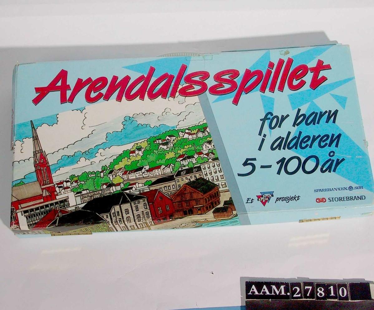 Byprospekt fra Arendal; Pollen og Tyholmens gamle bebyggelse, Trefoldighetskirken m.m.