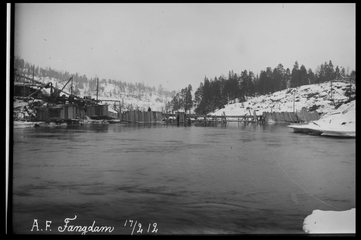 Arendal Fossekompani i begynnelsen av 1900-tallet CD merket 0474, Bilde: 13 Sted: Haugsjå Beskrivelse: Fangdam