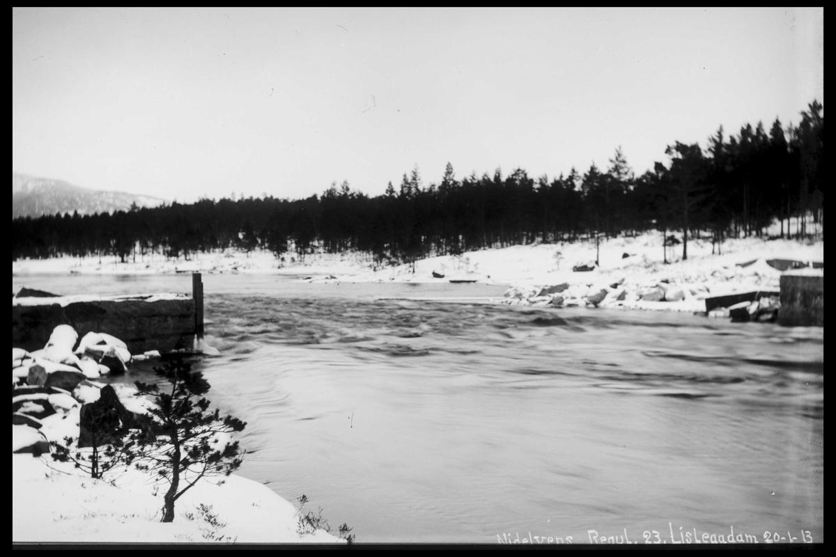 Arendal Fossekompani i begynnelsen av 1900-tallet CD merket 0474, Bilde: 45 Sted: Lisleaa Beskrivelse: Damanlegg