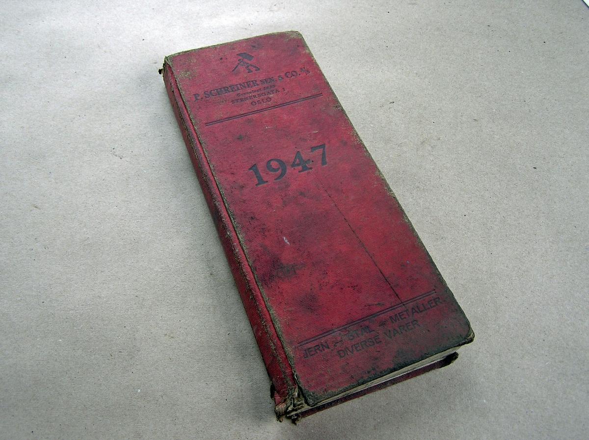 Bok med små arbeidsskisser, sporadiske notater av ordrer for 1950- og 60-tallet m.m.