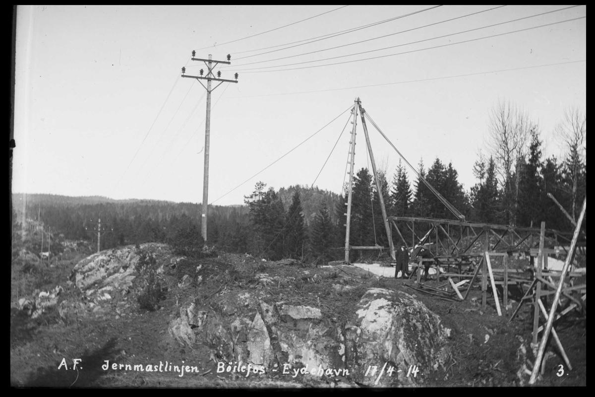 Arendal Fossekompani i begynnelsen av 1900-tallet CD merket 0565, Bilde: 83 Sted: Bøylefoss høyspentlinjer Beskrivelse: Jernmastlinja