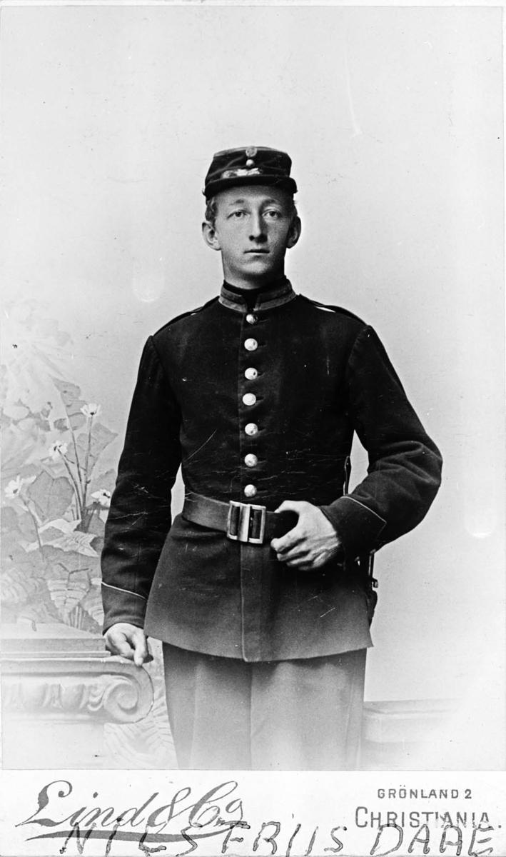 Nils Friis Daae i uniform