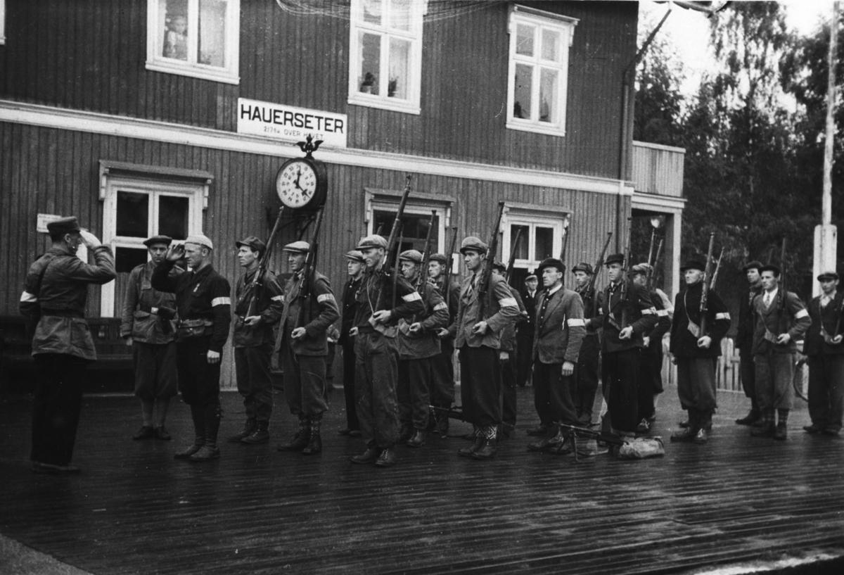 Vakthold ved Hauerseter stasjon.