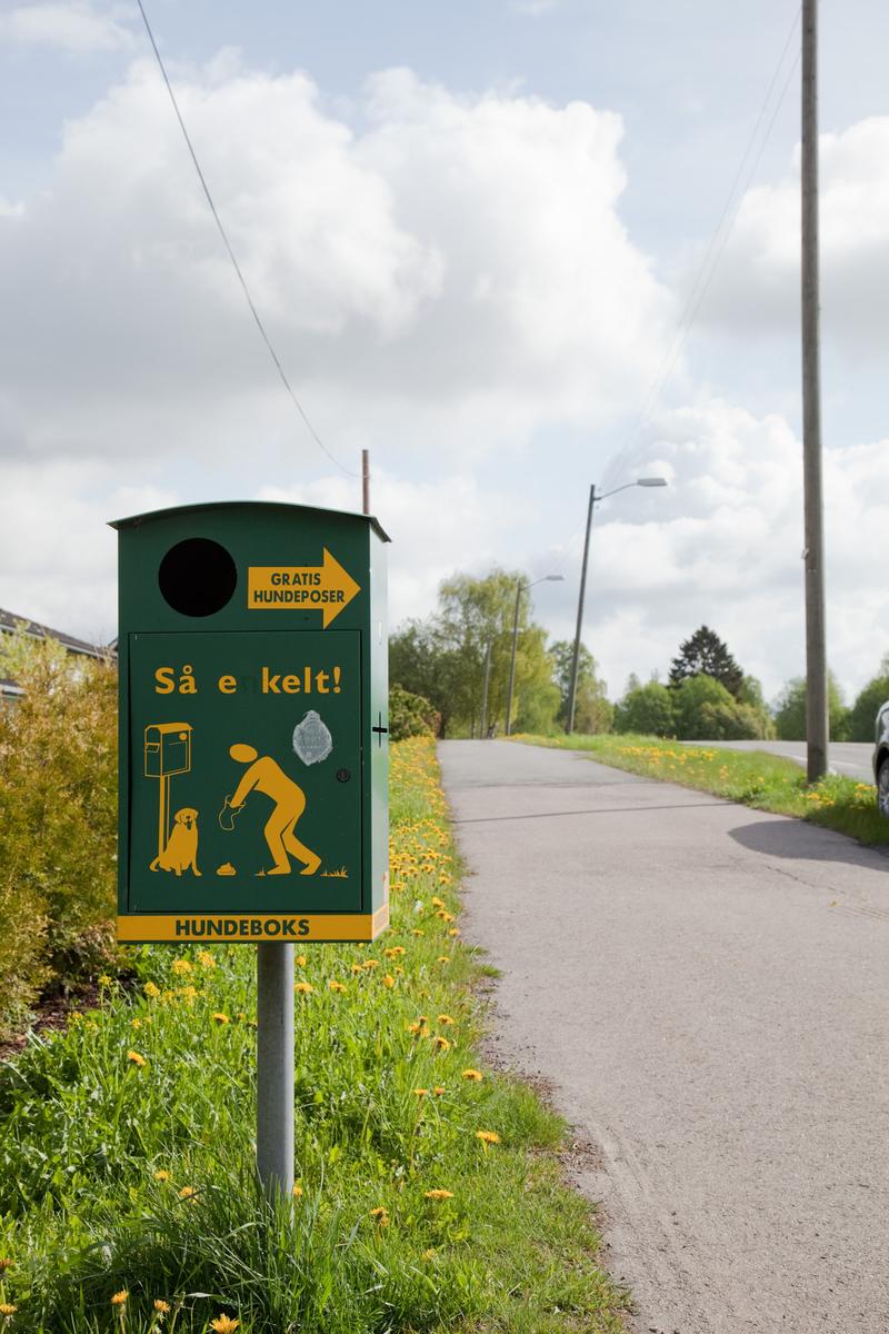HUNDEBOKS, KLØFTA