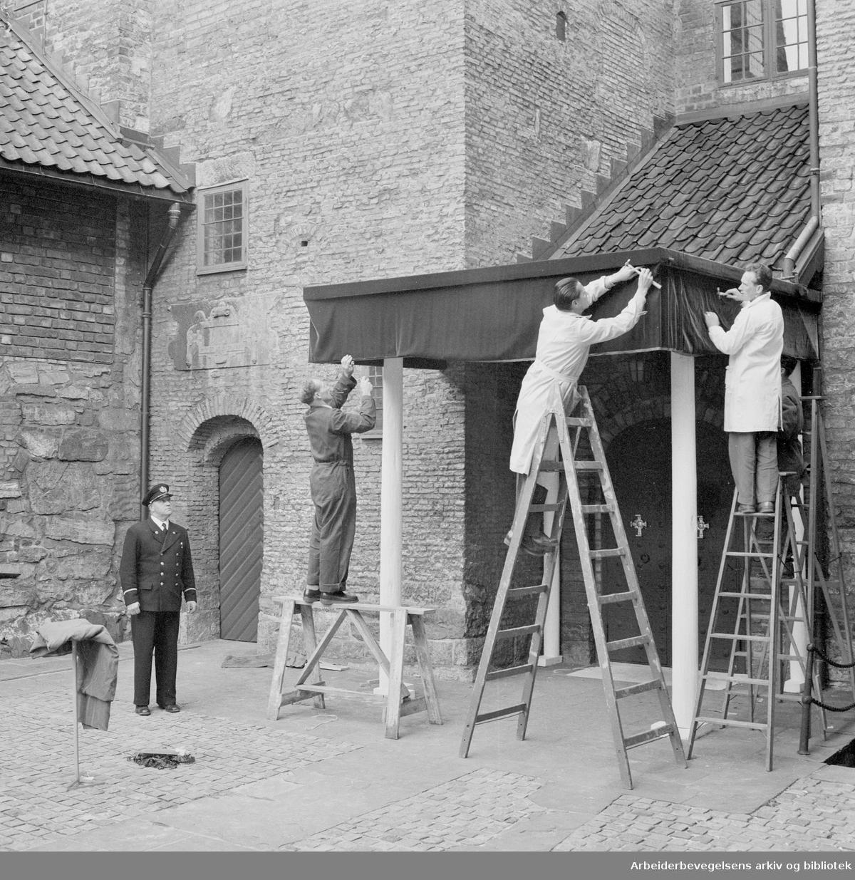 Kong Haakon VIIs død..Forberedelser til gravferden,.september 1957