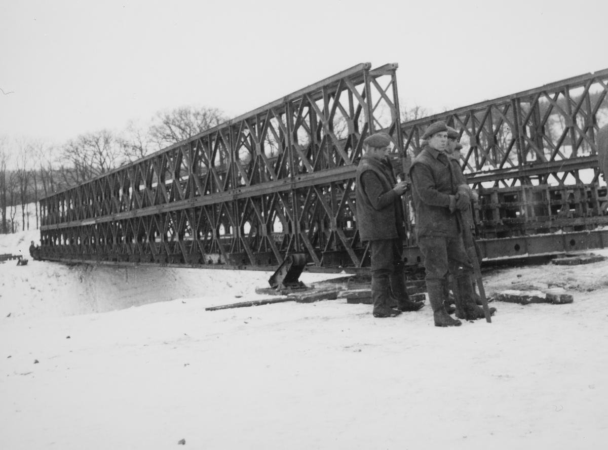 Bailey bro bygget av Ing.Kp./Brig. 522, Hameln, november 1952.
