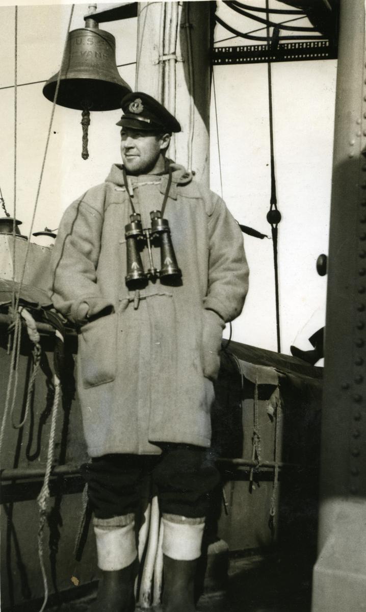 Album Ubåtjager King Haakon VII 1942-1946 Fenrik Haug 1941.
