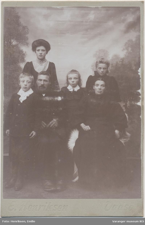 Gruppebilde, seks personer