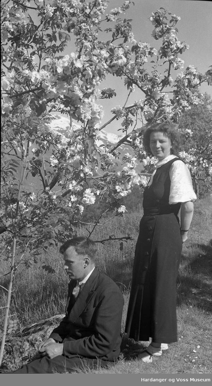 Portrett, ekteparet Astrid og Hermann S. Meland