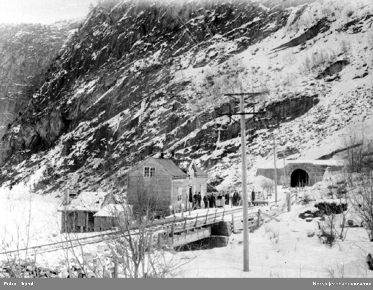 Overmuring ved Kløftefjell tunnel før ombyggingen