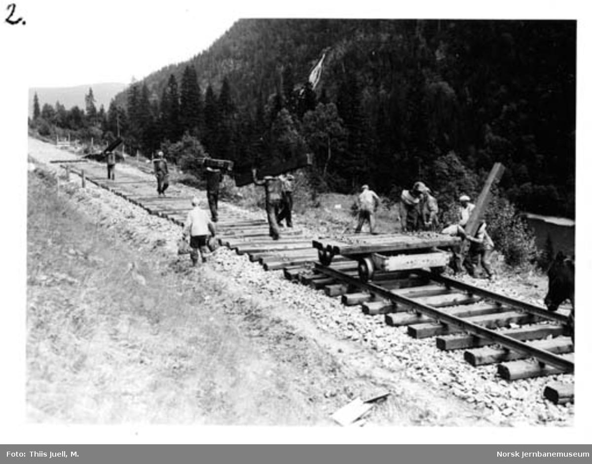 Skinnelegging på Nordlandsbanen fra Grong og nordover