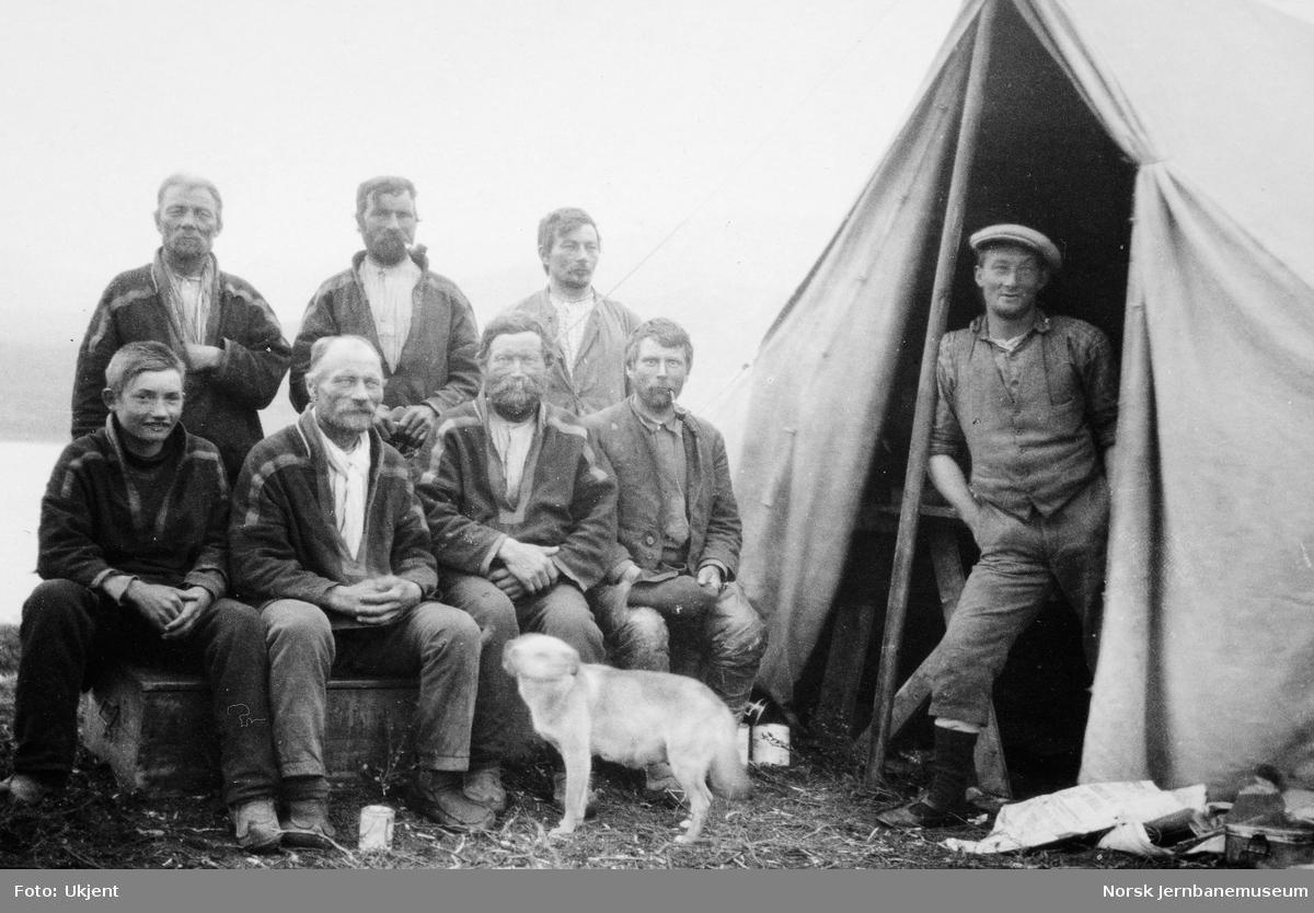 Jernbanestikking i Finnmark : stikningsfolk og samer