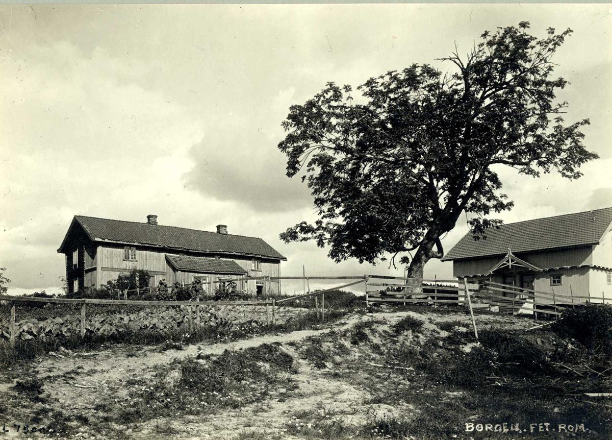 Borgen, Fet, Nedre Romerike, Akershus. Våningshuset og stabbur.