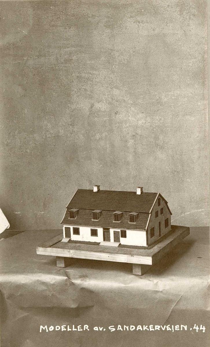 Modell av Sandakerveien 44, Oslo.