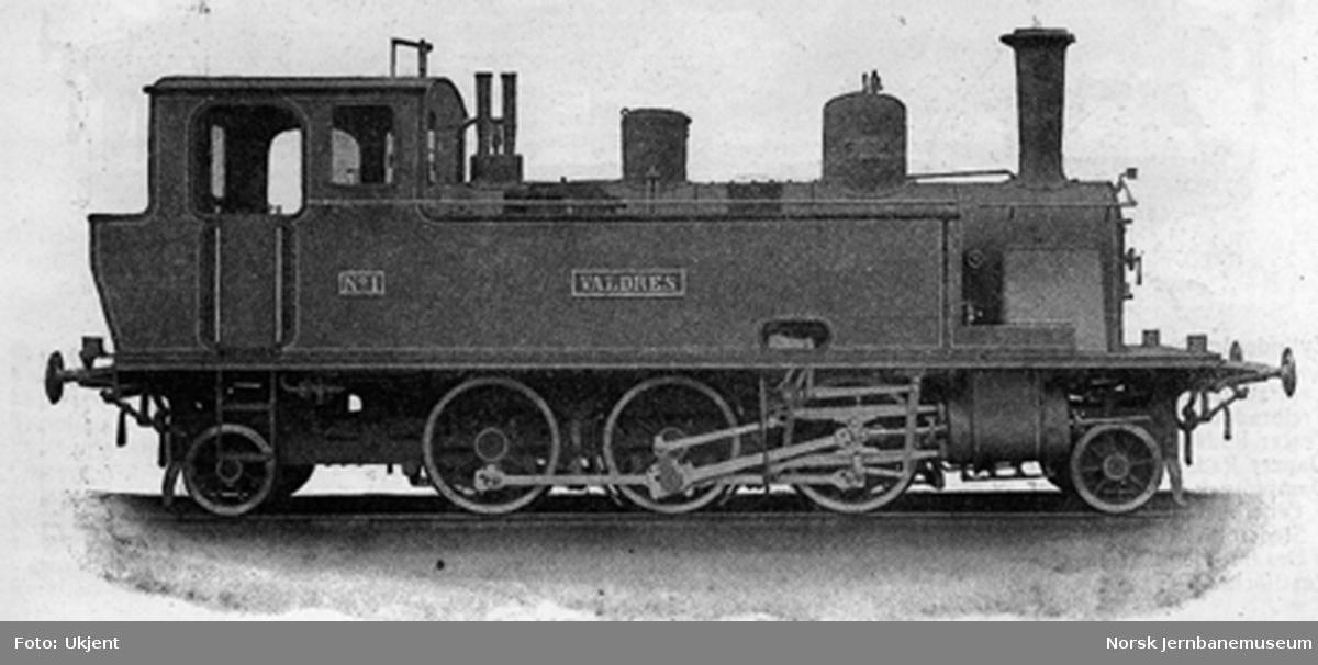 "Leveransefoto av Valdresbanens damplokomotiv nr. 1 ""Valdres"" ved levering fra Sächsische Maschinenfabrik i Chemnitz"