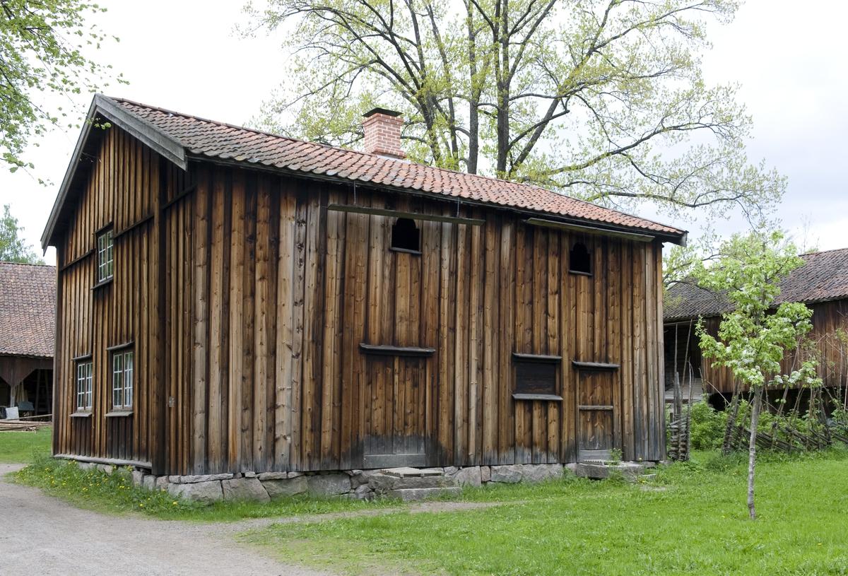 Stue fra Lille-Løken, Trøgstad. Norsk Folkemuseum, mai 2010.