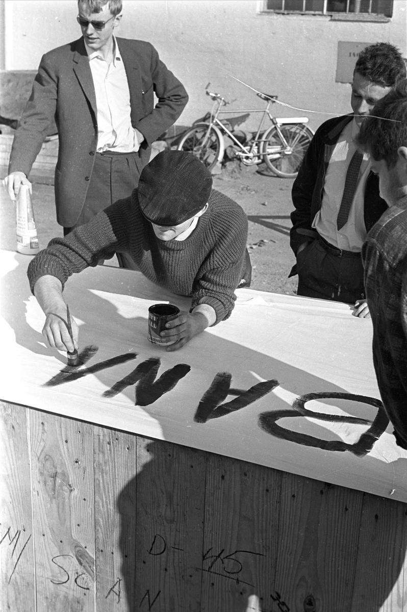 Oslo, sentrum, mai 1963, Filipstadkaia, handelsboikott mot Sør-Afrika.