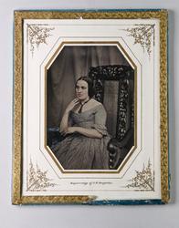 Porträtt av okänd kvinna. Dagerrotyp / daguerreotyp i ram, h