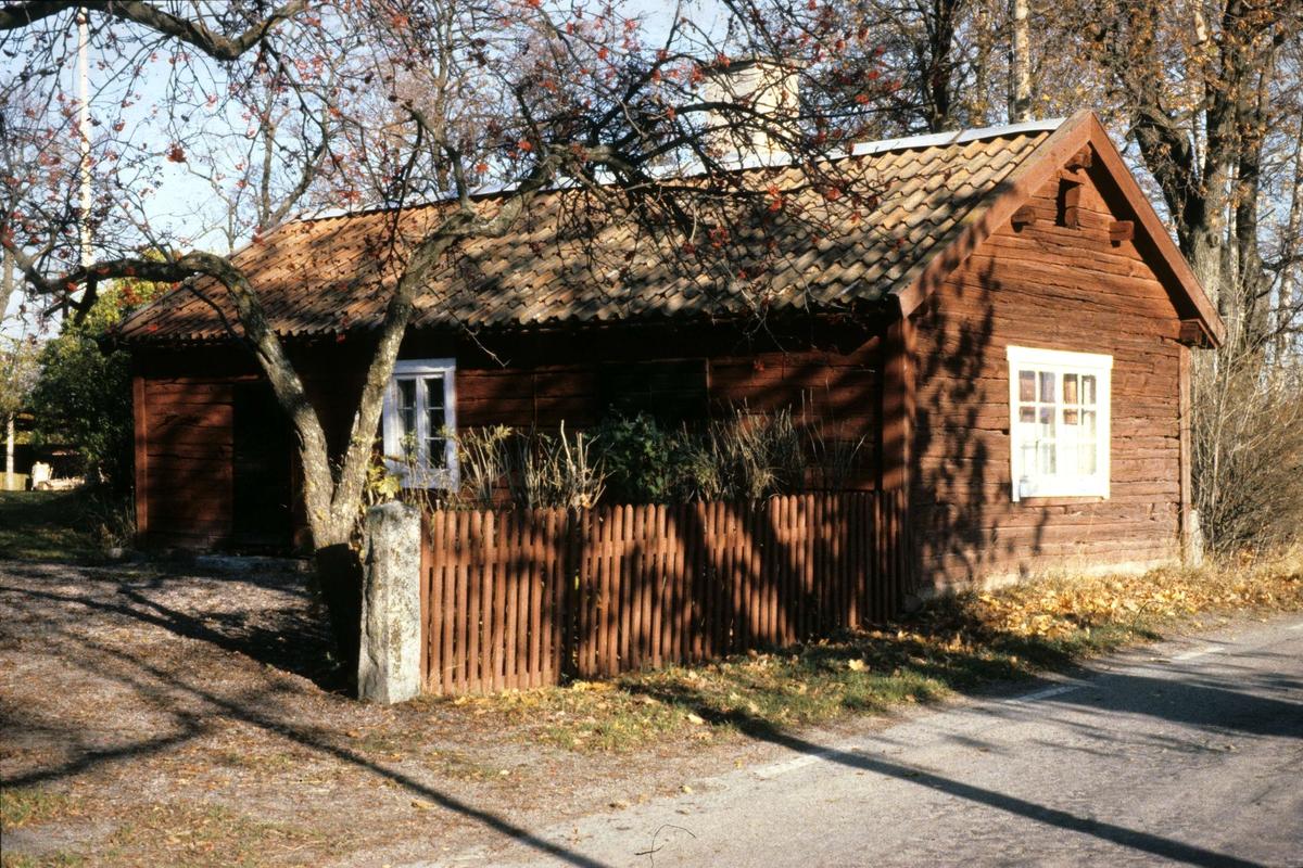 Vallby skola, Vaksala socken, Uppland 1985