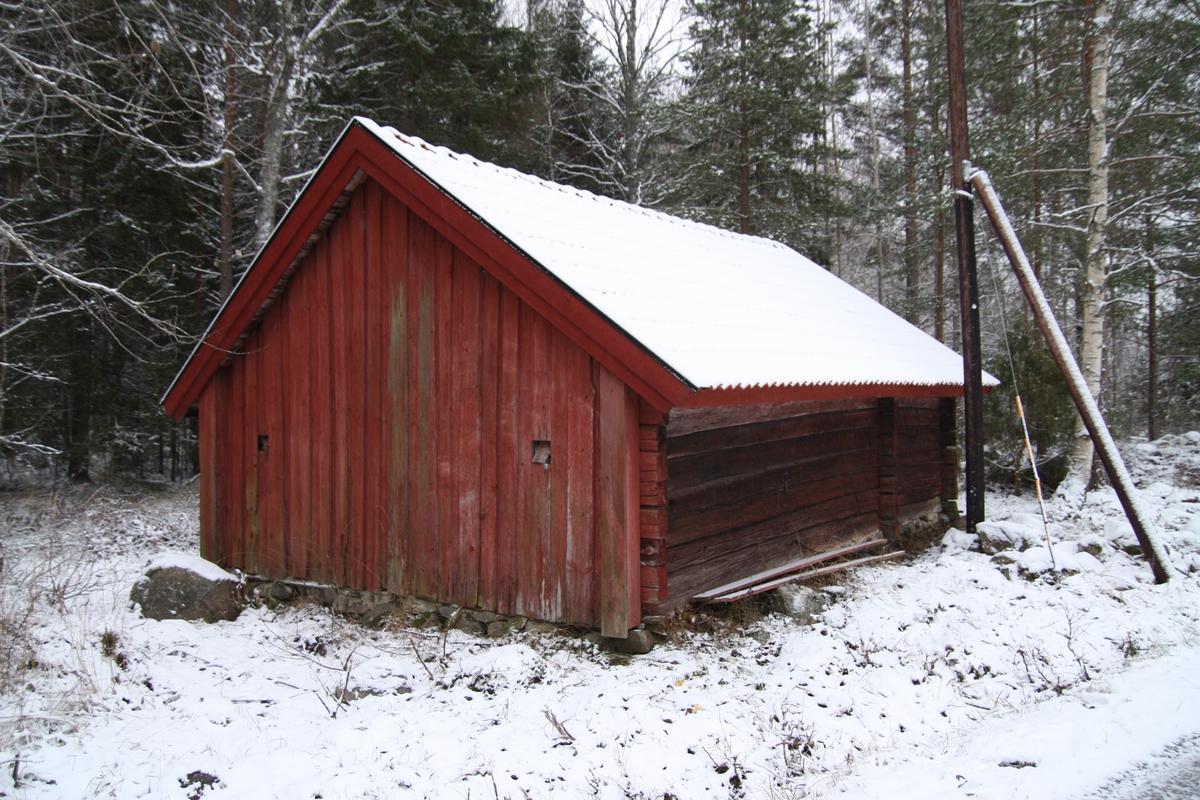 Linbastu på Skållbo gård, Skållbo, Hållnäs socken, Uppland 2012