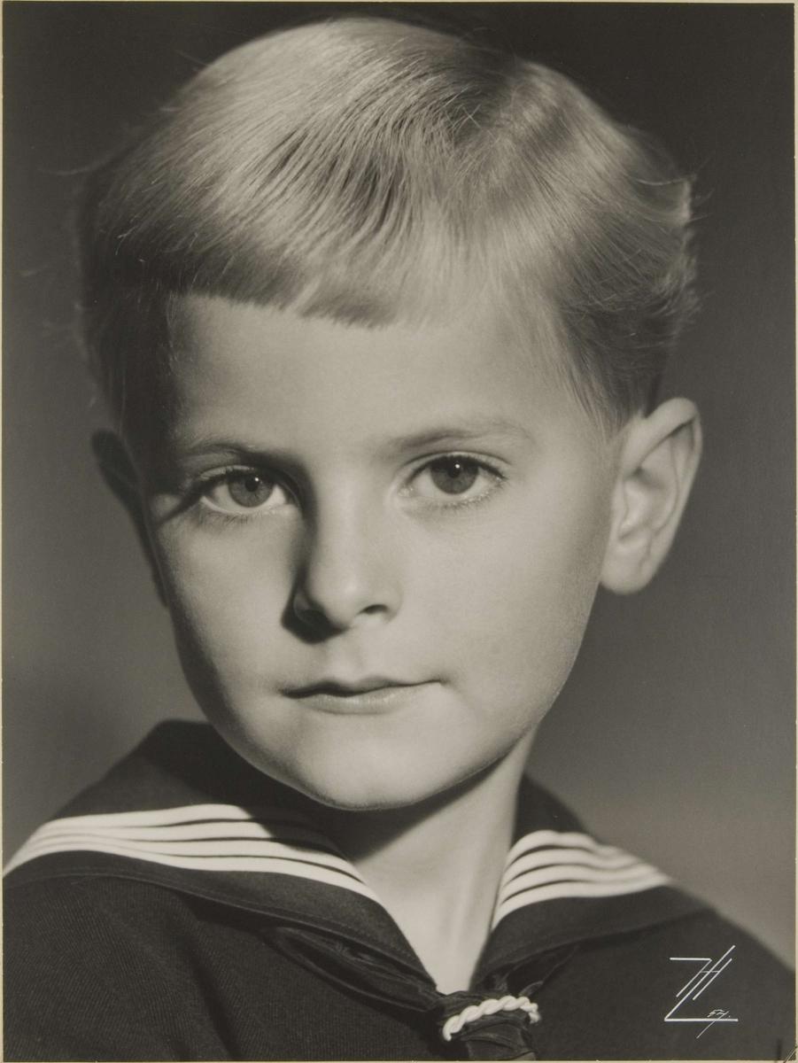 Barnporträtt - pojke, Uppsala 1954