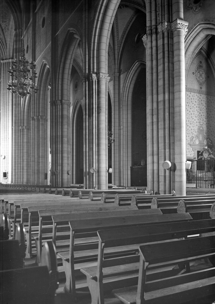 Interiör i Uppsala domkyrka, Uppsala 1947