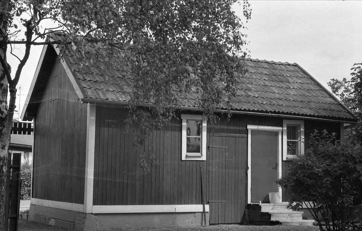 Uthus, Lytta 1:17, Lövstalöt, Bälinge socken, Uppland 1976