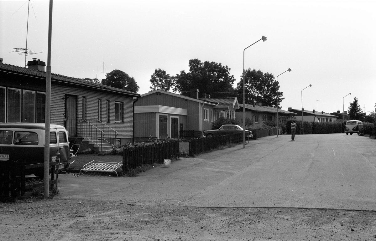 Bostadshus, Gåvsta 2:9 - 2:11, Rasbo socken, Uppland 1982