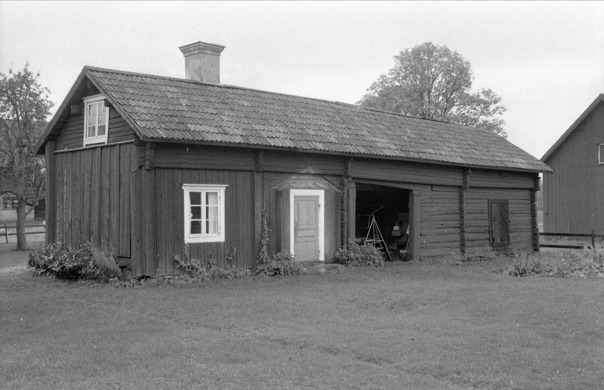 Portliderlänga, Grellsbo 1:1, Bälinge socken, Uppland 1983