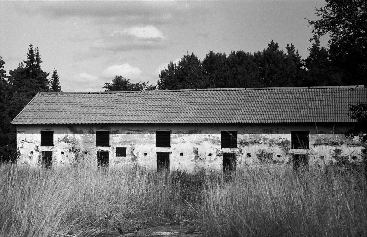 Stallbyggnad, Bennebols bruk, Bladåkers socken, Uppland 1987