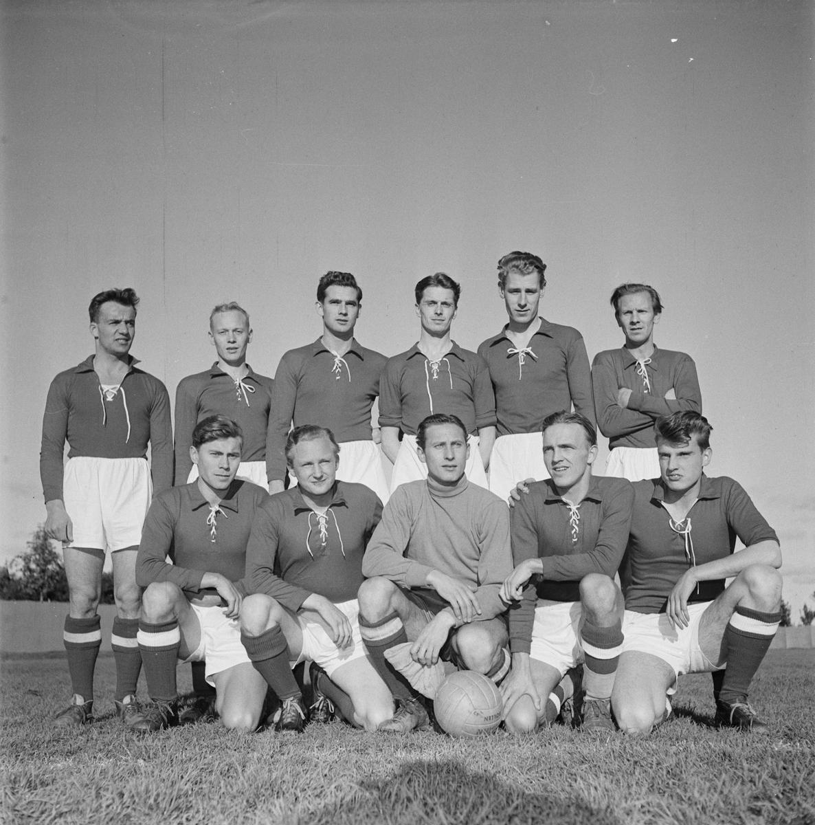 Korpfotboll, Uppsala-Gävle, sannolikt Ekebyvallen, Flogsta, Uppsala 1954