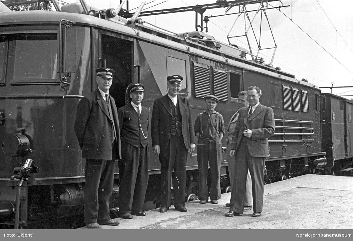 NSB elektrisk lokomotiv type El 8 nr. 2054 : prøvetur til Fredrikstad