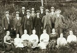 Ungdomsamling med ungdom fra Ytre Øydna og Valand i Grindheim.