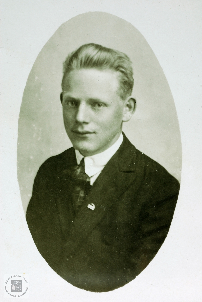 Portrett av Sigurd Seland f. 1906. Grindheim Audnedal.