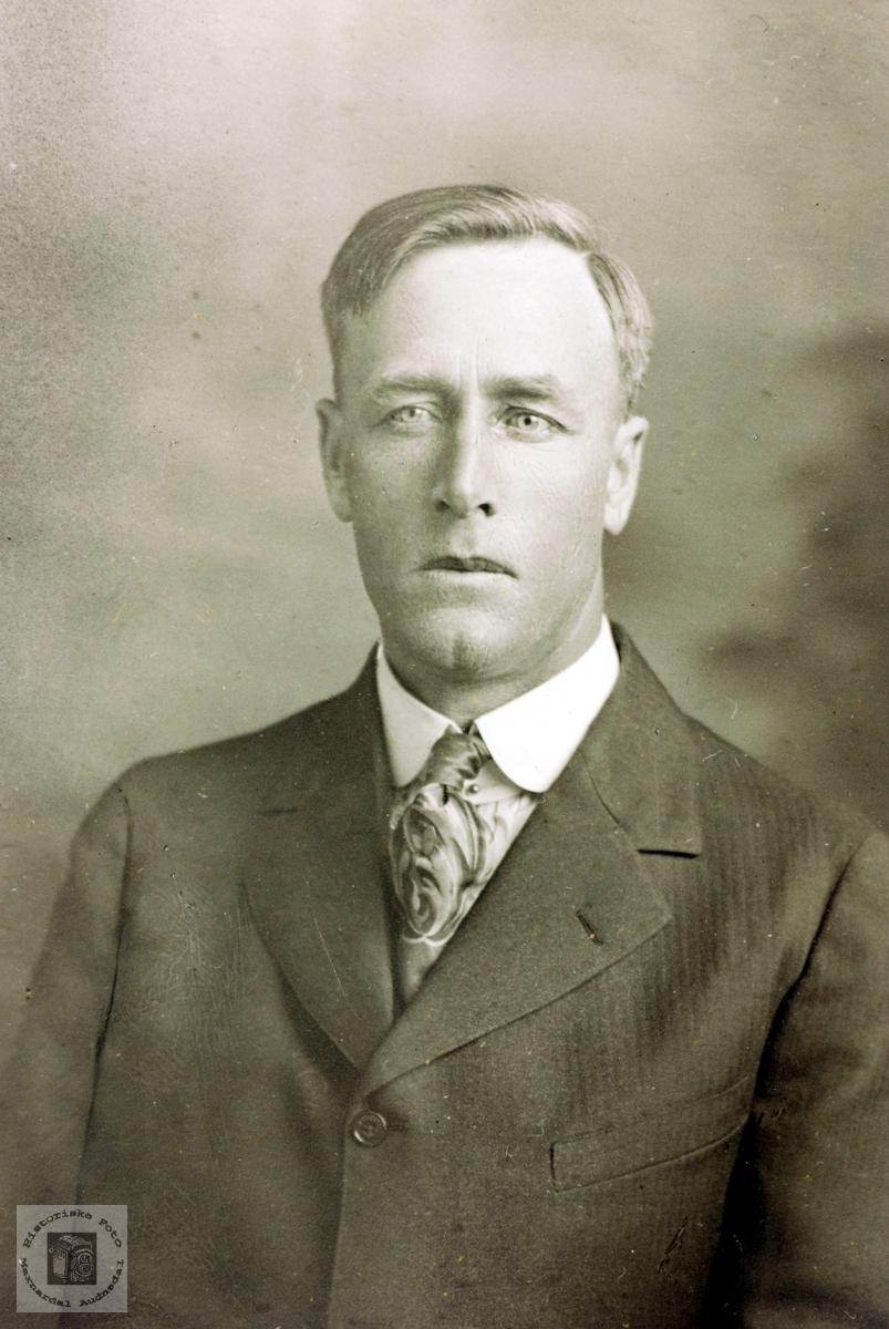 Portrett av Olav Hårtveit. Grindheim.