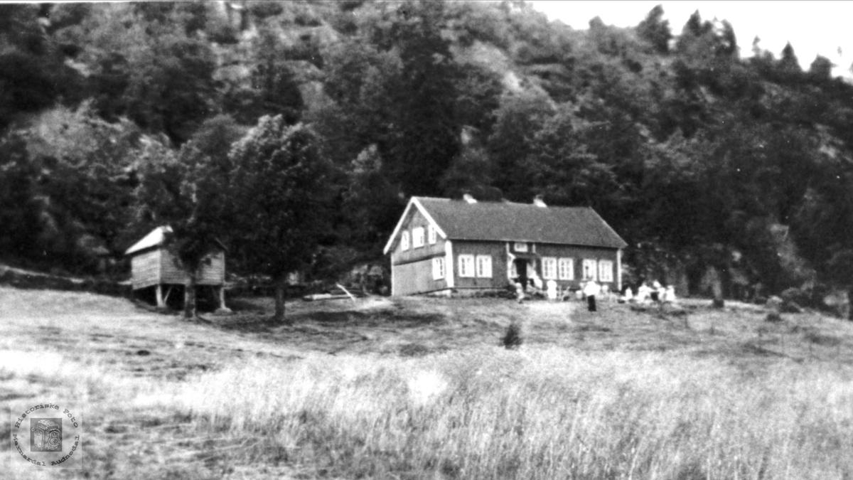 Gården Eivindstad, Bjelland.