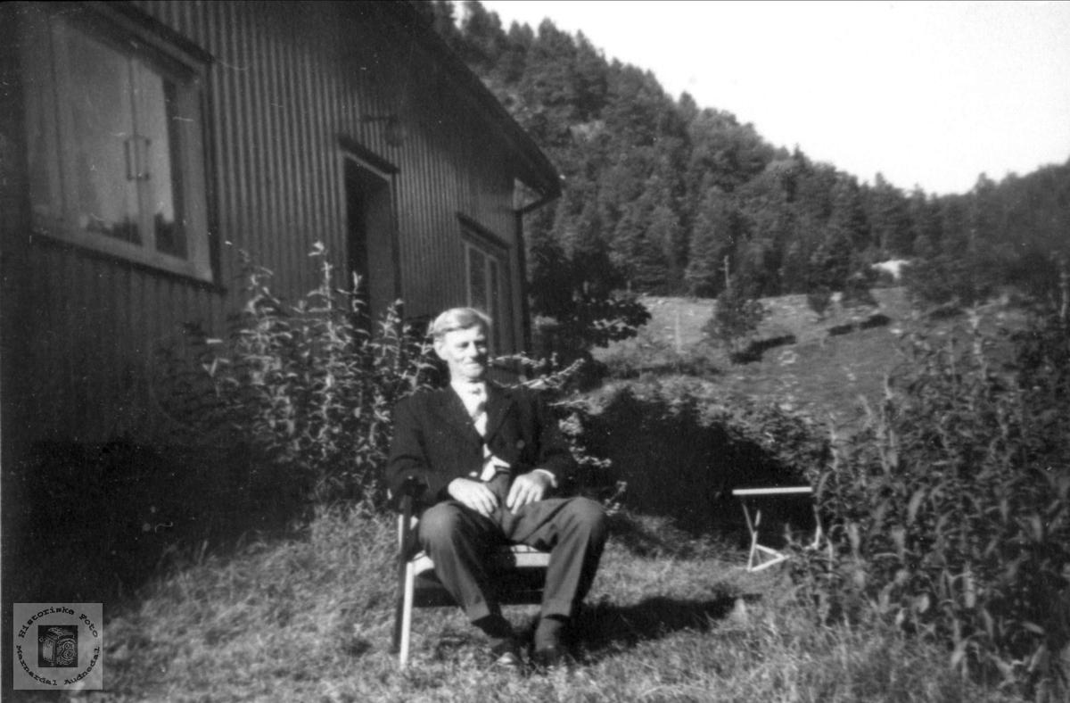 Portrett av  Arnt Fidja, Laudal.