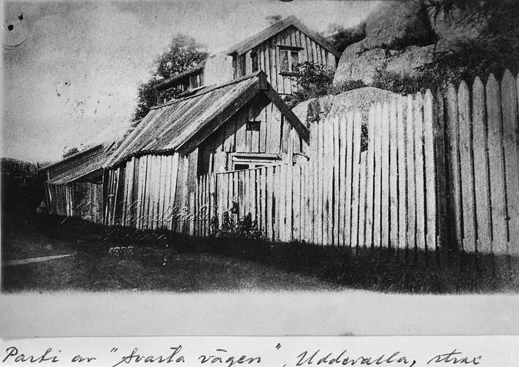 """Text på kortet: """"Parti av Svarta Vägen"""", Uddevalla, strax..."""""""