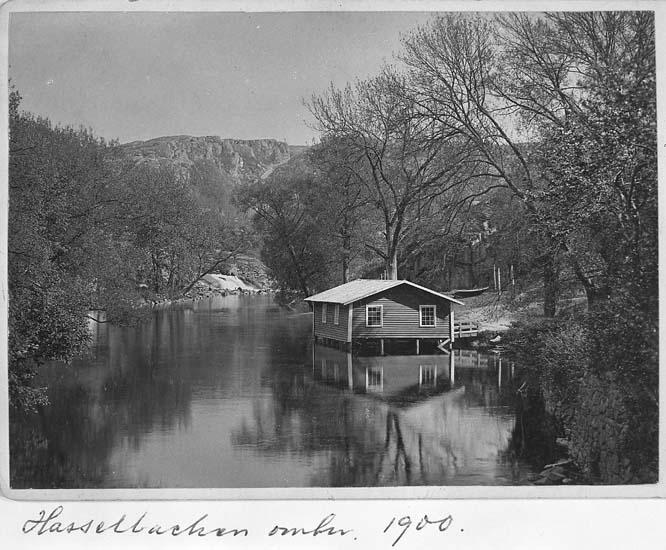"Text på kortet: ""Hasselbacken omkr. 1900""."