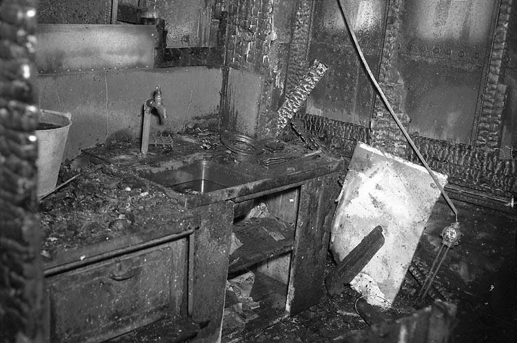 "Enligt notering: ""Brand å Mudderverket 23/11 1947""."
