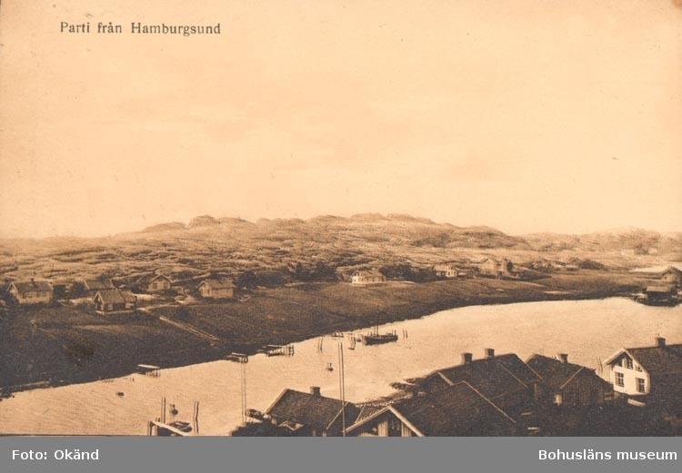"""Tryckt text på kortet: """"Parti från Hamburgsund"""".             ::"""