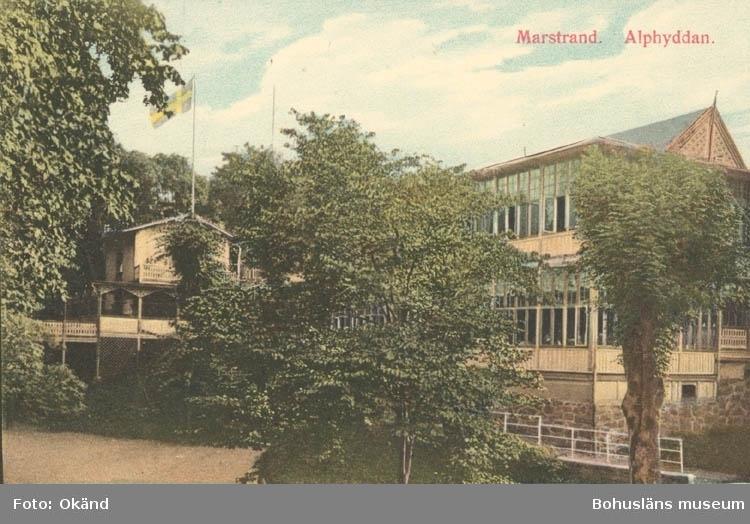 """Tryckt text på kortet: """"Marstrand. Alphyddan."""""""